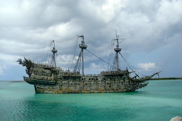 pirate-667763_640